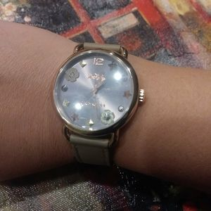 Coach Delancey gray leather floral women watch